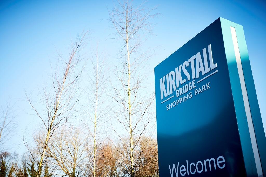 Kirkstall Retail Park